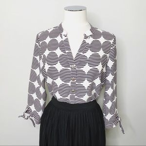 IVANKA TRUMP - Striped Circle Print Blouse